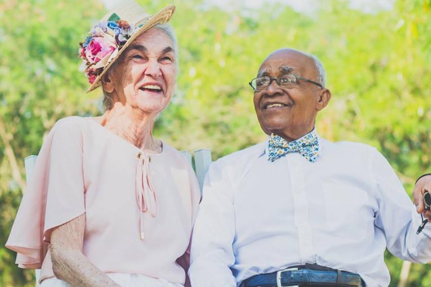 (0) Ана и Амброзио: Прекрасен пар кој докажува дека љубовта е посилна од предрасудите
