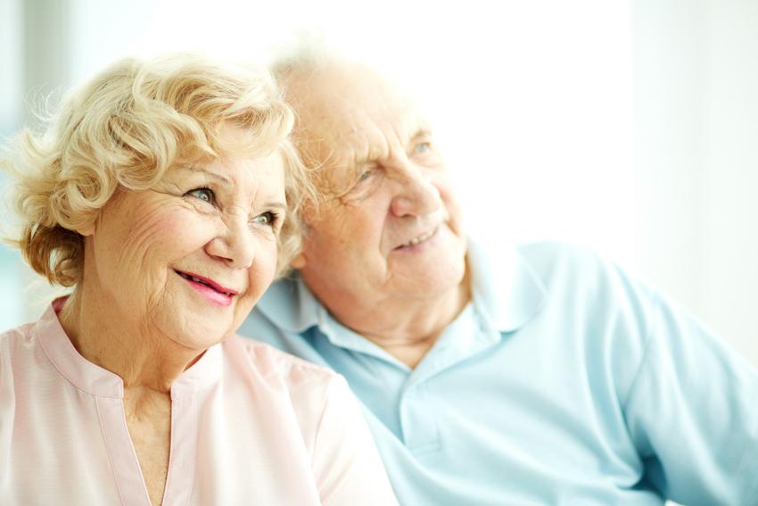 (1) Кои се разликите и сличностите во стареењето кај мажите и жените?