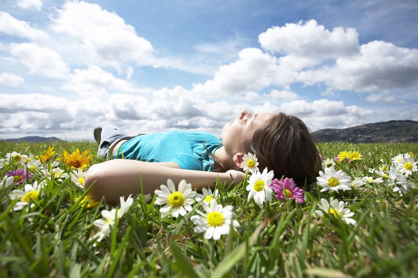 (1) Простете им на сите кои ви нанеле болка и ослободете се од негативната енергија