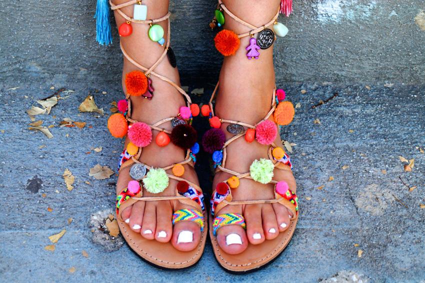 (16) Пом - пом сандали: весели модели кои можете да си ги напаравите сами
