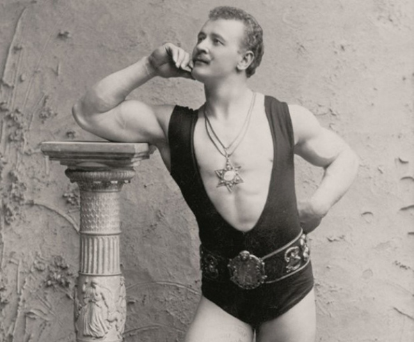 Како се менувале стандардите за машка убавина низ последните 100 години?