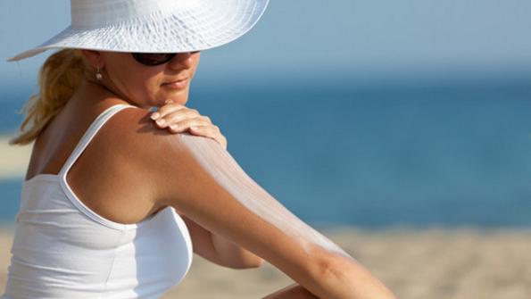 (2) Како влијаат сончевите зраци врз нашата кожа и тело?