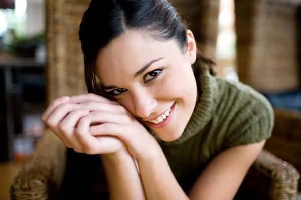 (2) Непријатно ви е кога добивате комплимент? 4 причини зашто се срамите кога слушате пофалби за вас
