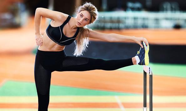 (4)-Ослободете се од овие 8 штетни навики ако сакате да имате поцврсти гради