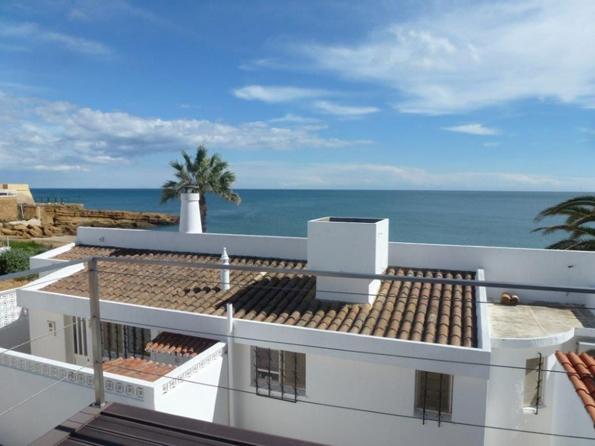 (5) Каква куќа може да си купите за 300.000 евра во различни делови од светот?