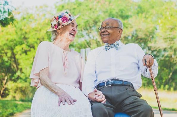 (6) Ана и Амброзио: Прекрасен пар кој докажува дека љубовта е посилна од предрасудите