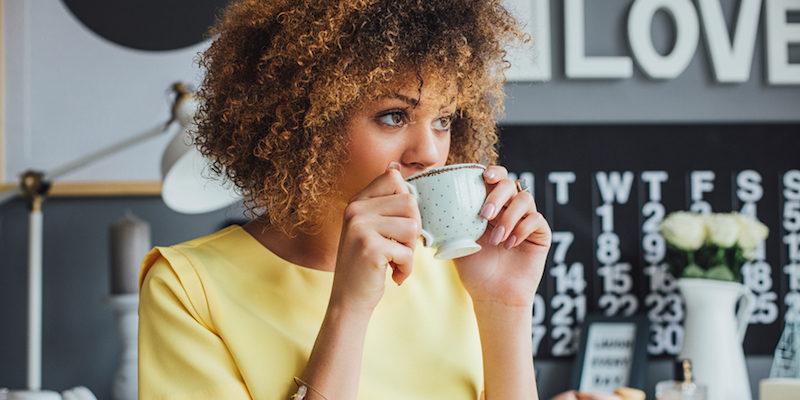 Науката вели дека зависноста од кофеин може да влијае врз слухот
