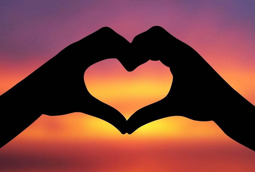 (1) Хороскопот открива зошто немате среќа во љубовта
