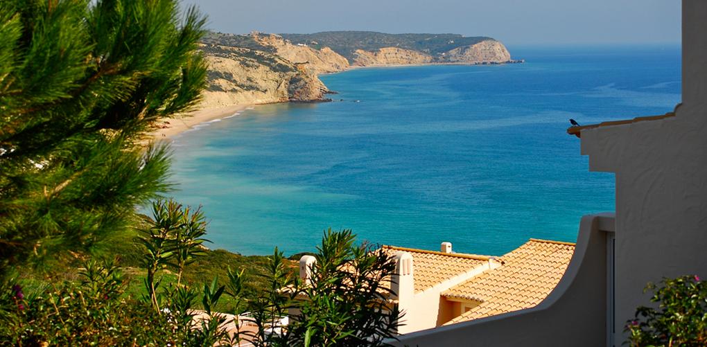 (1) Недопрена природа и неверојатна убавина: 9 најинтимни плажи во светот