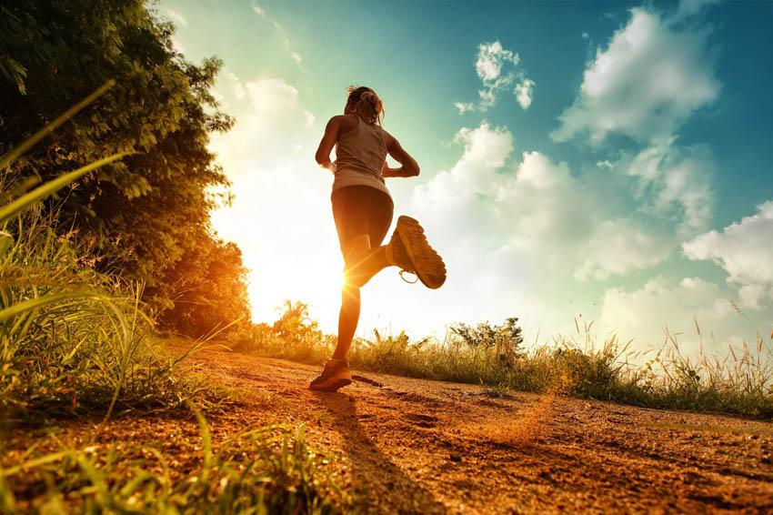 (1) Пет причини зошто треба да почнете да трчате уште денеска