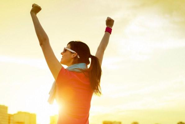 (2) Кога се жалите од себе правите жртва: Напуштете, сменете или прифатете ги работите