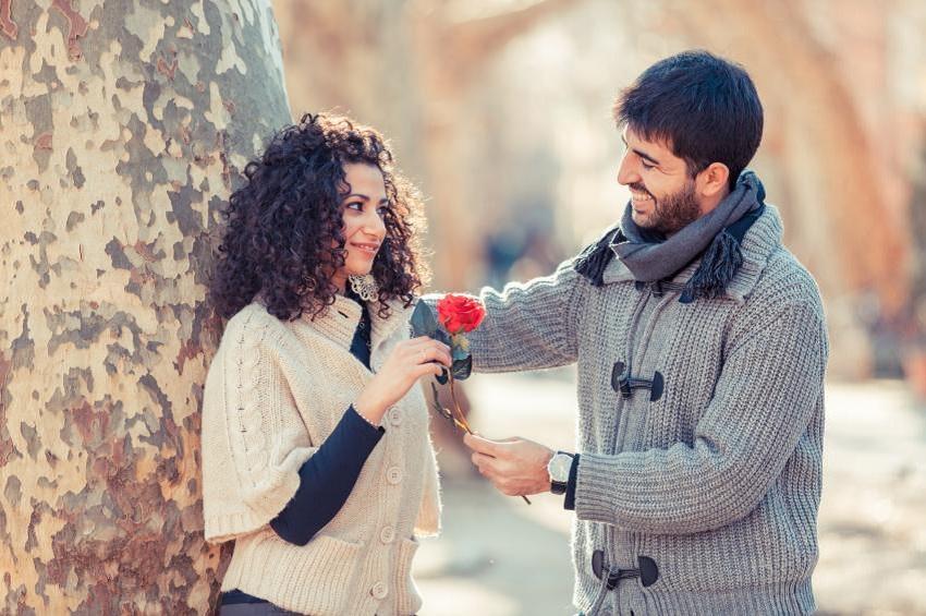 4 знаци дека вашиот партнер не е толку добра личност колку што изгледа