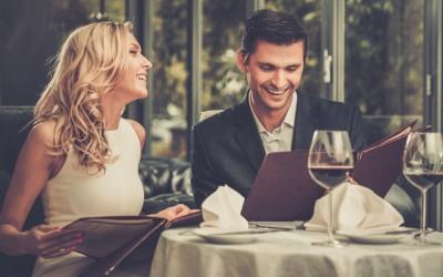 9 прашања кои тој посакува да му ги поставите на првиот љубовен состанок