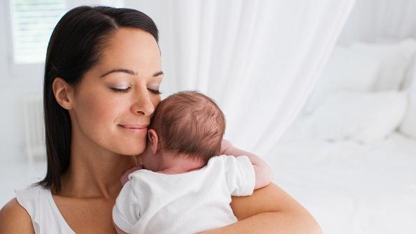 Мајките кои споделуваат премногу слики од нивните бебиња многу поверојатно е да бидат депресивни