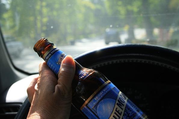 Вистинските пријатели нема да ви дозволат да возите пијани