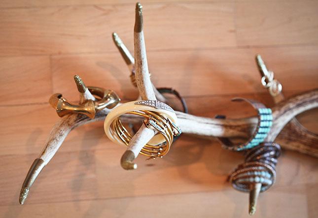 6-napravi-sama-5-praktichni-idei-za-organiziranje-na-vashiot-nakit-www.kafepauza.mk_