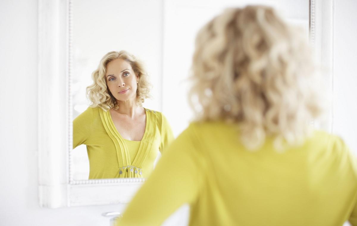 Како да стекнете самодоверба кога другите ве критикуваат?