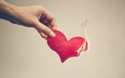 Токсични навики во љубовната врска што повеќето луѓе ги сметаат за нормални