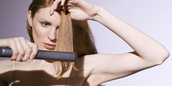 Девојки, избегнувајте ги овие навики кои ја оштетуваат вашата коса