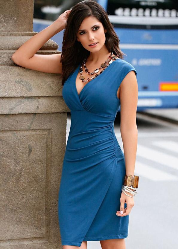 Дознајте кои парчиња облека мажите сакаат да ги гледаат на жените, а кои не можат да ги поднесат