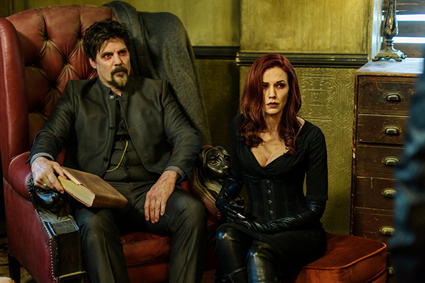 (4) ТВ серија: Ван Хелсинг (Van Helsing)