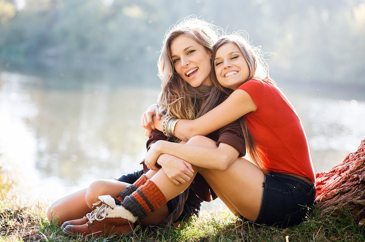 12 знаци дека имате вистинска најдобра пријателка