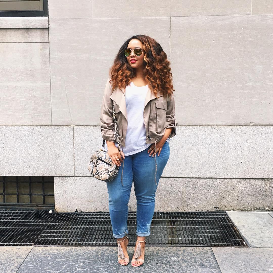 (2) Како да одберете соодветни тесни фармерки ако сте девојка со облини?