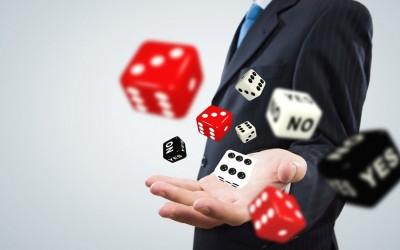 5 деловни лекции што можете да ги научите од коцкањето