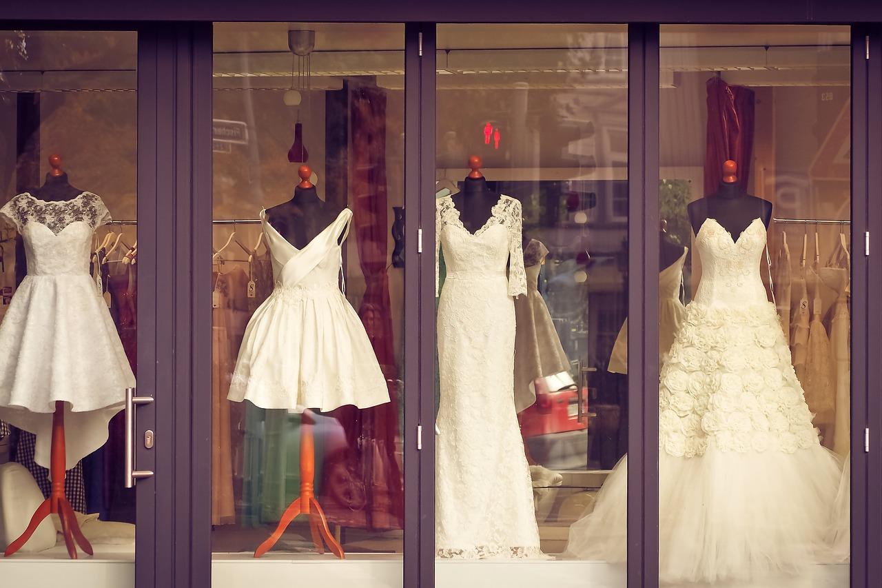 1-5-poznati-modni-dizajneri-sovetuvaat-kako-da-ja-pronajdete-sovrshenata-venchanica-www.kafepauza.mk_