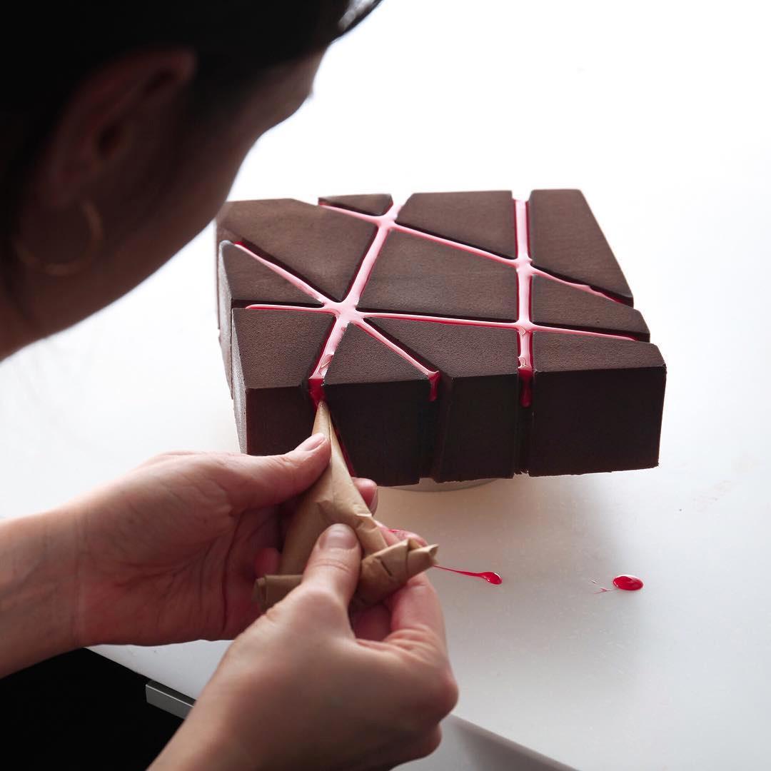 1-fantastichni-deserti-koi-potsetuvaat-na-arhitektonski-dela-www.kafepauza.mk_