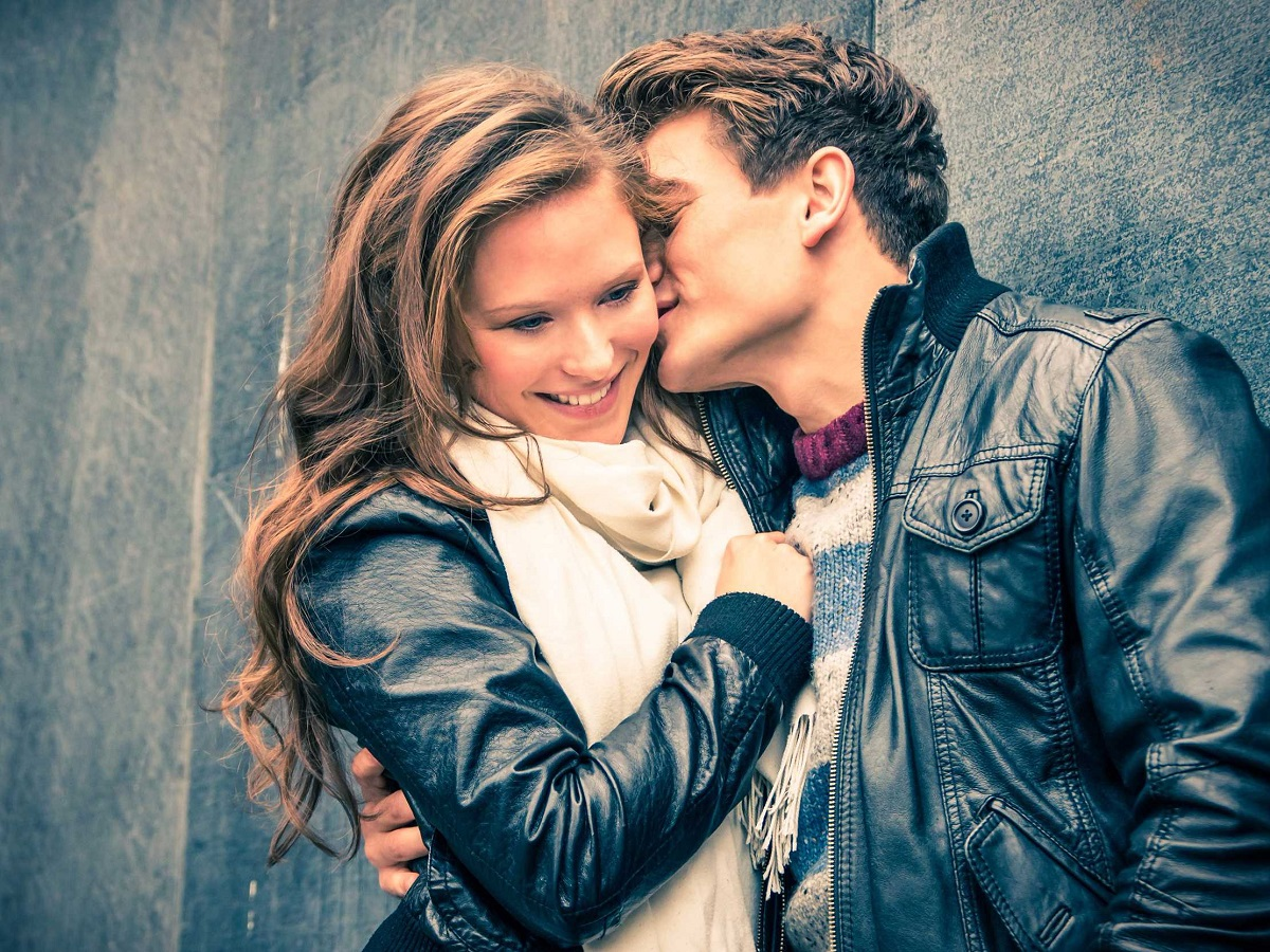 Хороскопскиот знак ви открива на кој начин ќе се заљубите во 2017-та година