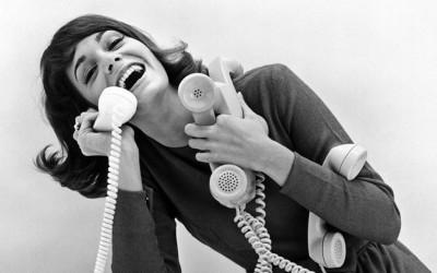 Употребата на телефоните денес наспроти нивната употреба во 90-тите