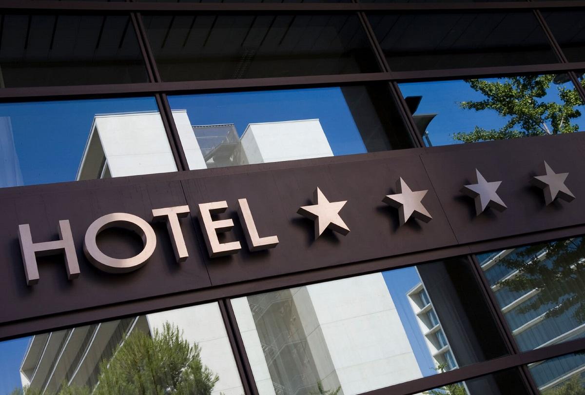 Знаете ли што точно значи секоја ѕвездичка на хотелот?