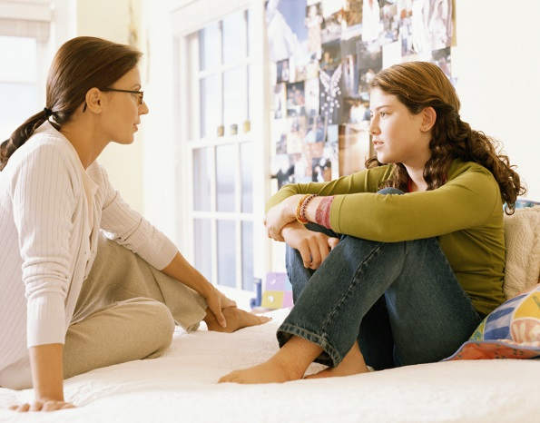 10 знаци кои покажуваат дека вашите родители се причината зошто вие сѐ уште сте сингл
