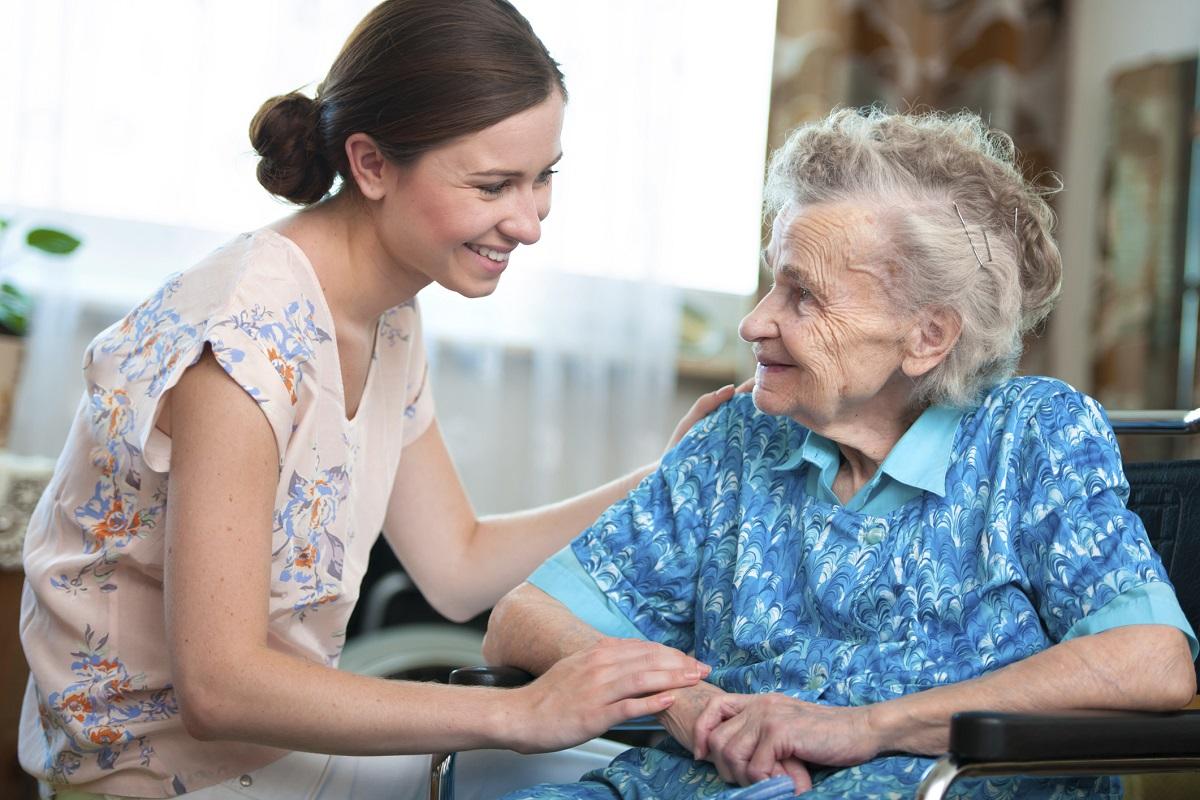 3 животни лекции кои можете да ги научите доколку се грижите за стари лица