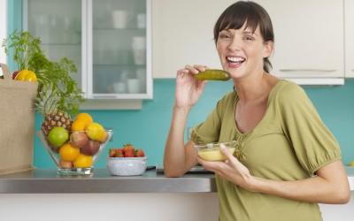 Дознајте зошто најздравите луѓе на светот пијат сок од кисели краставички секој ден