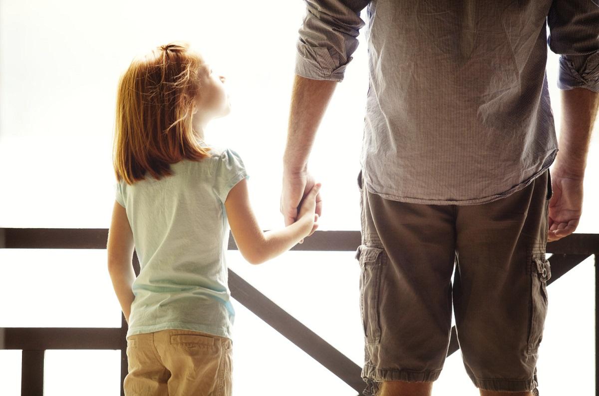 За ќерката која премногу рано го изгубила својот татко: Дозволи си себеси да пронајдеш мир