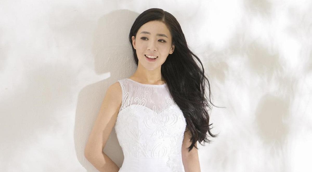 """Жените во Јужна Кореја сѐ почесто """"стапуваат во брак"""" со самите себе"""