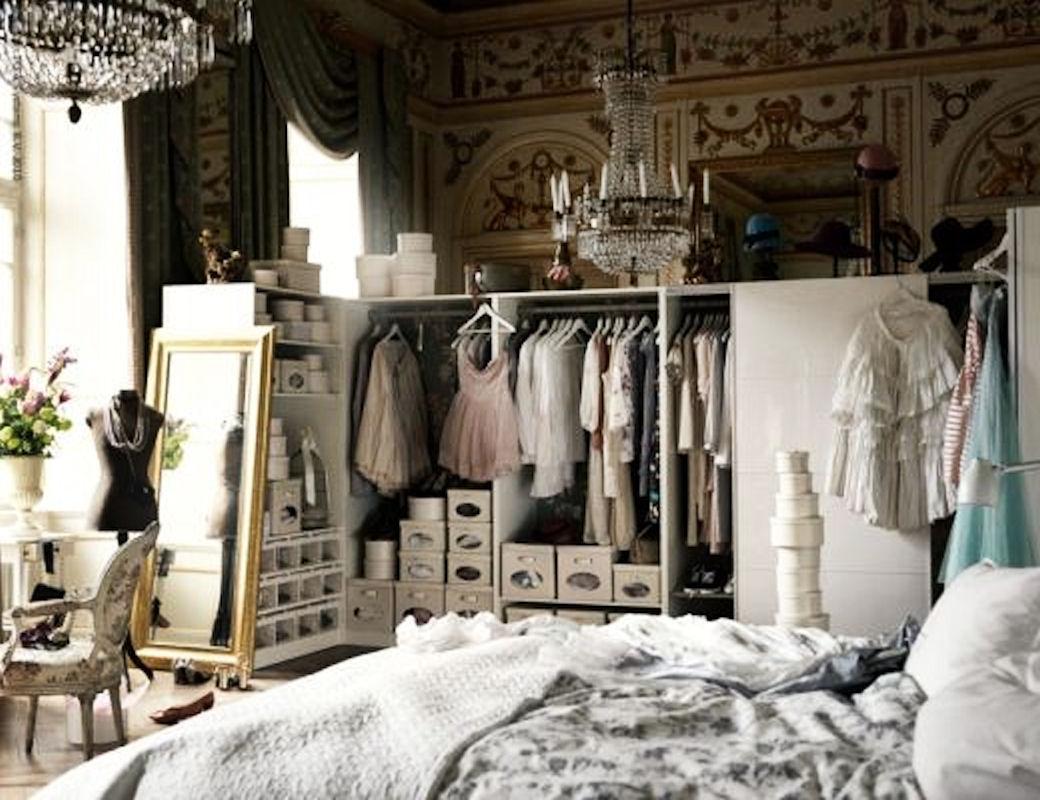 1-proletna-inspiracija-kako-da-go-organizirate-i-dekorirate-vasheto-modno-katche-www.kafepauza.mk_
