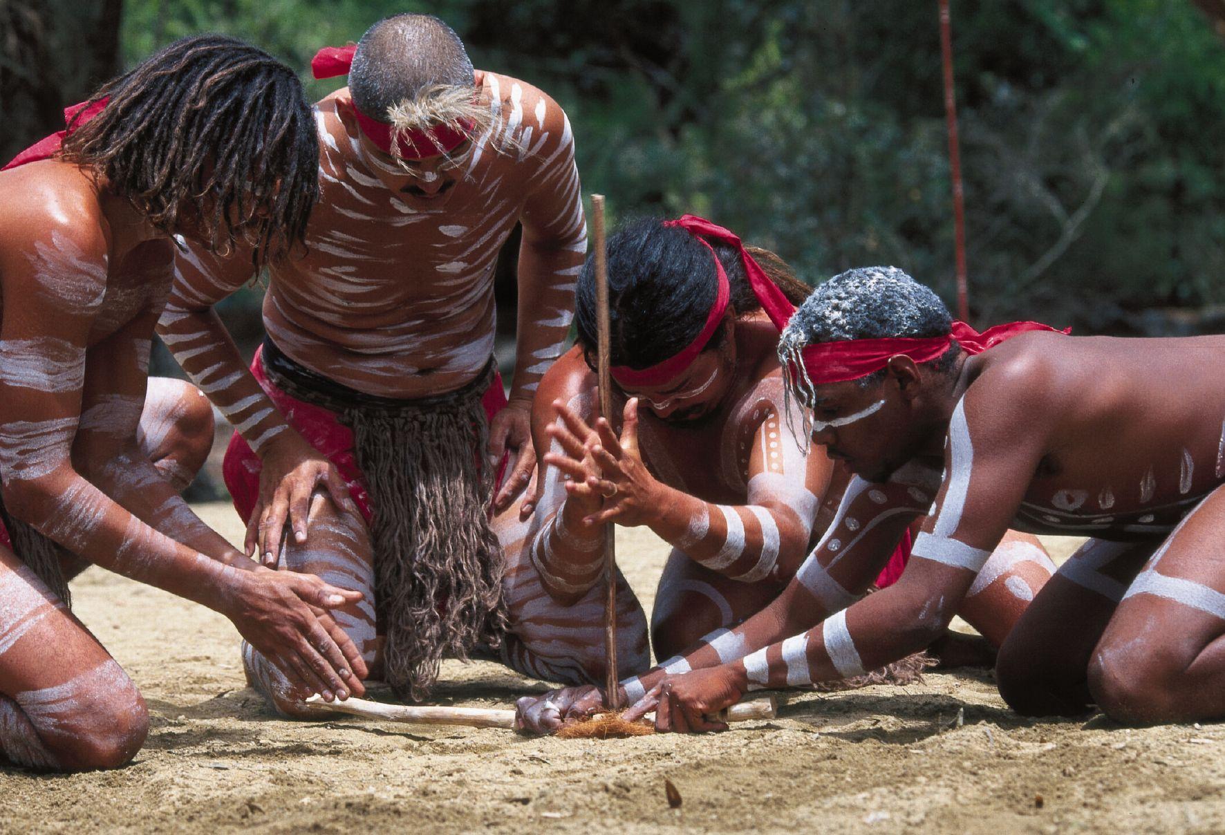 17 неверојатни факти што можеби не сте ги знаеле за животот и верувањата на Абориџините
