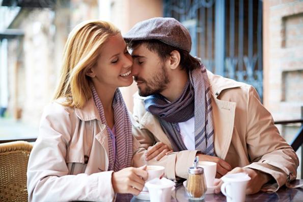 Инспиративни цитати што ќе ве поттикнат да љубите безусловно