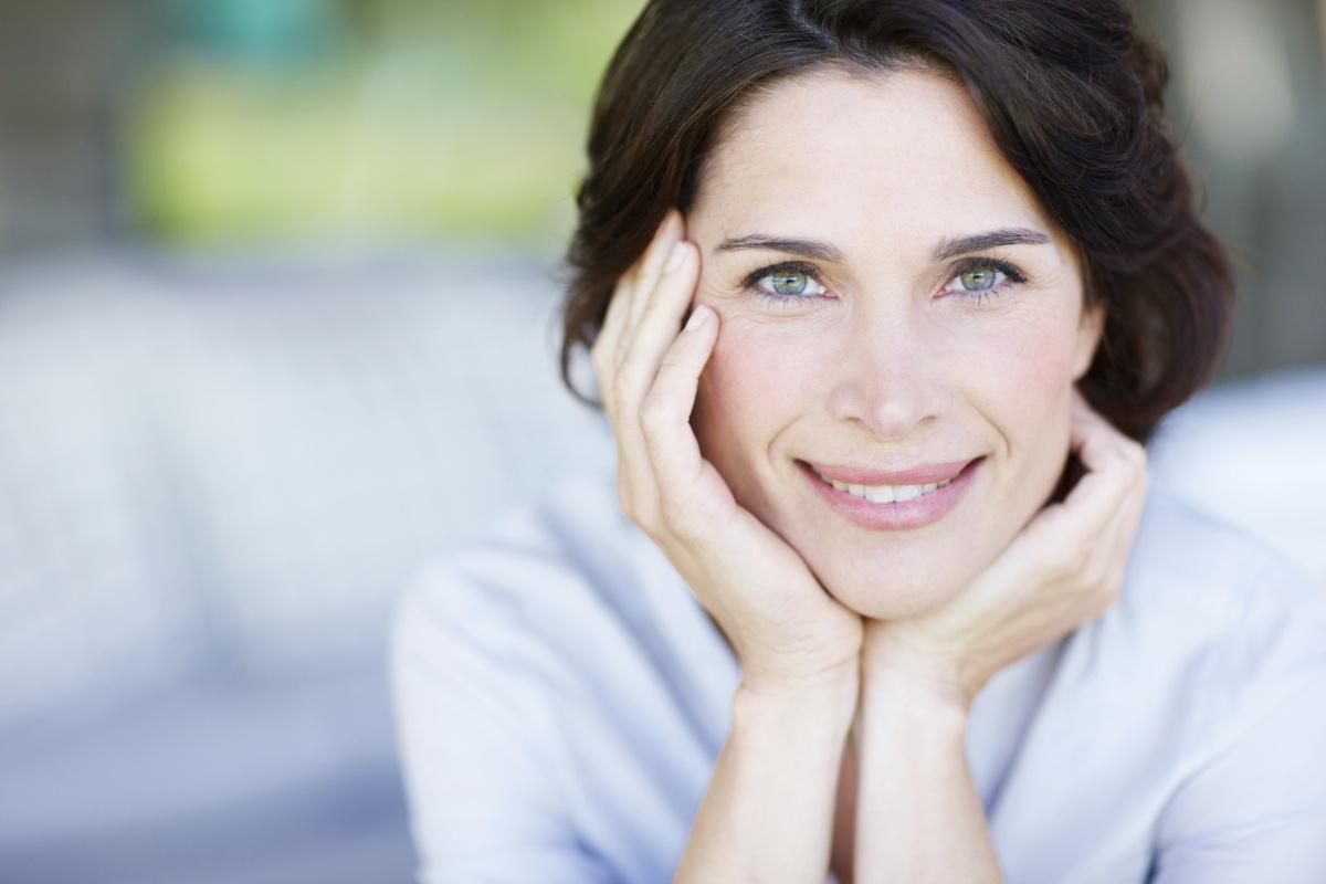 7 хормонални фази низ кои минува секоја жена во текот на својот живот