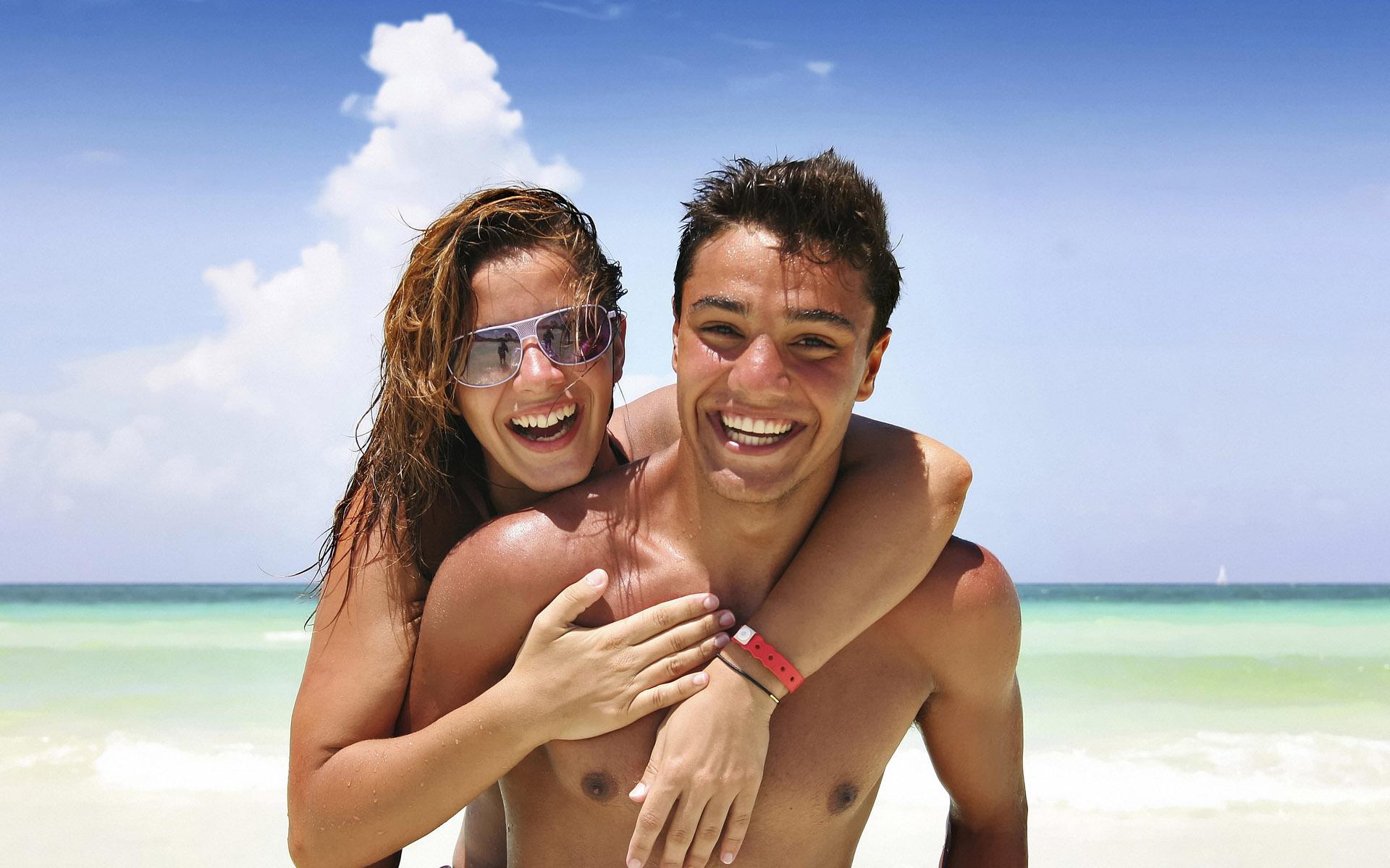 Експертите тврдат дека ако вие и вашиот партнер ја имате оваа особина, совршени сте еден за друг!