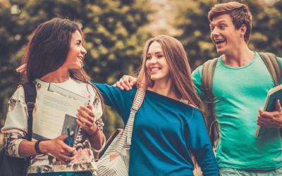 5 начини да останете блиски со пријателите од факултет иако сите сте тргнале по свој пат