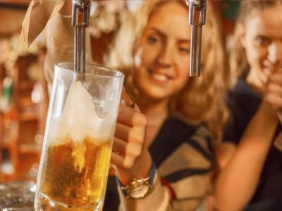 Цитати за пивото од познати личности што ќе ве убедат дека тоа е најдобриот пијалак на светот