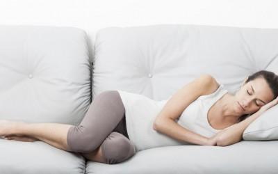 Научно докажано: Луѓето кои редовно дремнуваат имаат подобро расположение