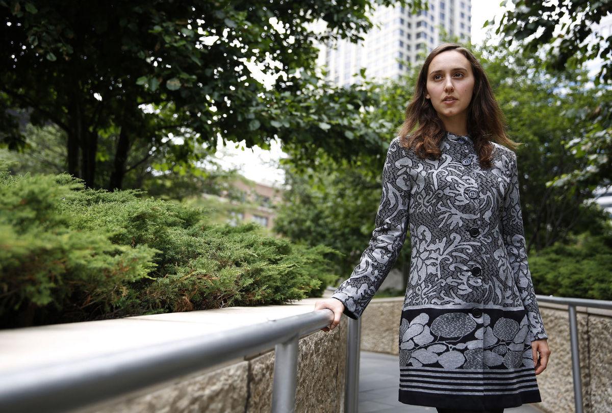 (1) Запознајте ја Сабрина Пастерски, 23-годишната девојка позната како новиот Ајнштајн