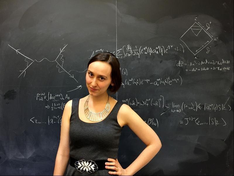 (2) Запознајте ја Сабрина Пастерски, 23-годишната девојка позната како новиот Ајнштајн