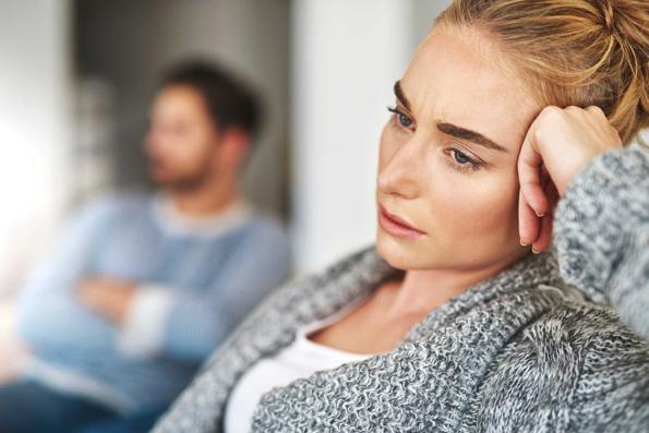 Зошто силните жени остануваат во лоши љубовни врски?