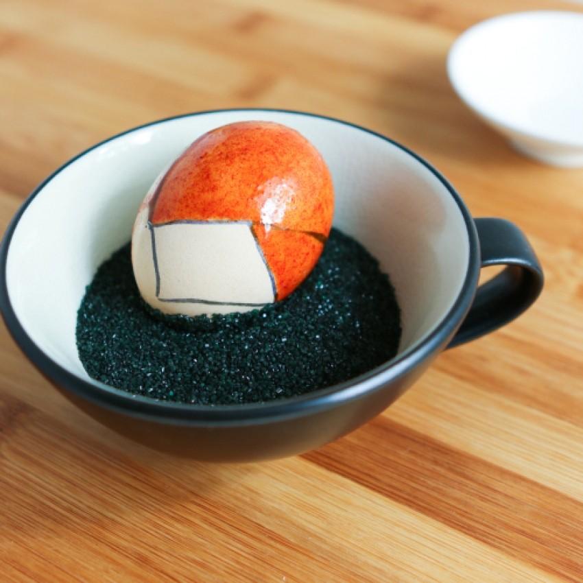 7-japonska-kultura-kokeshi-kukli-na-ukrasenite-veligdenski-jajca-www.kafepauza.mk_